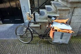 Postal bike complete with package bands